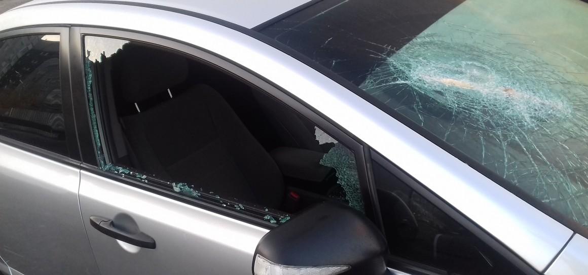 Ночью на Севере Ульяновска разбили стекла у автомобиля
