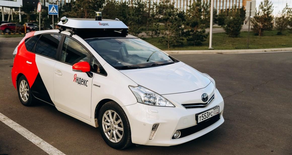 Медведев дал добро. Беспилотные автомобили появятся на дорогах России