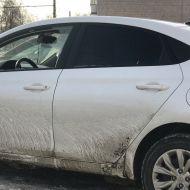 В Ульяновске на ул.Кирова разбили окно у автомобиля