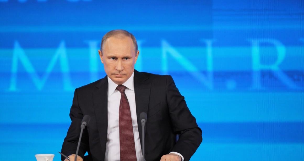 """Ответственность за """"бедность"""" россияне возложили на Путина"""