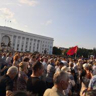 Народ выходит на пикеты против роста ЖКХ и мусорной реформы