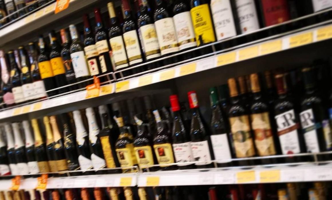 Польется алкоголь рекой? В Ульяновске хотят снять запрет на продажу алкоголя в выходные