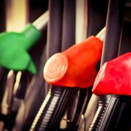 Напряжение в обществе в России растет вместе с ростом цен на топливо