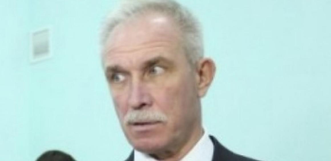 Губернатор Морозов пересадил чиновников из служебного авто на маршрутки
