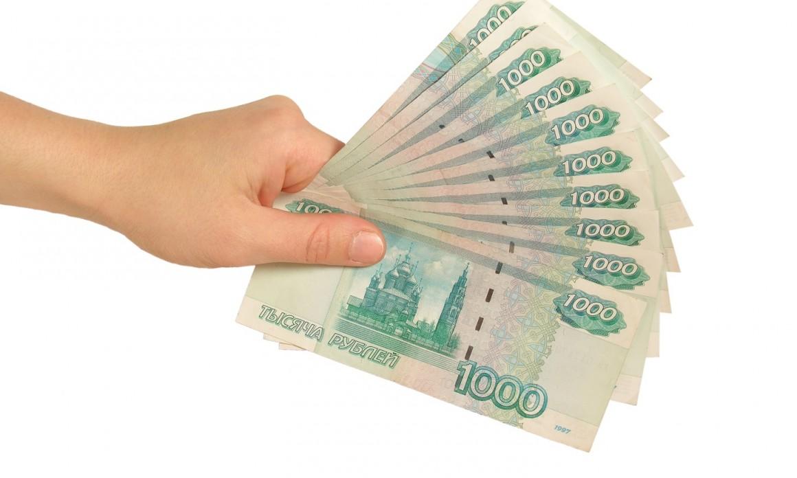 Путин подарил ветеранам 10 тысяч рублей ко Дню Победы