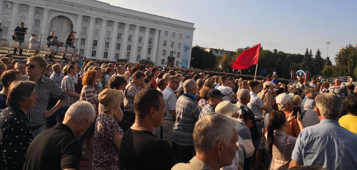 37% россиян допускают массовые протесты против власти