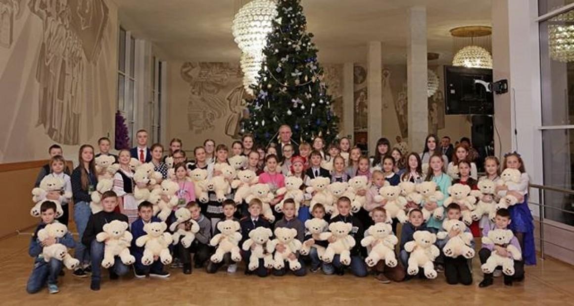 На Кремлёвскую ёлку отправились 7 школьников из Заволжского района