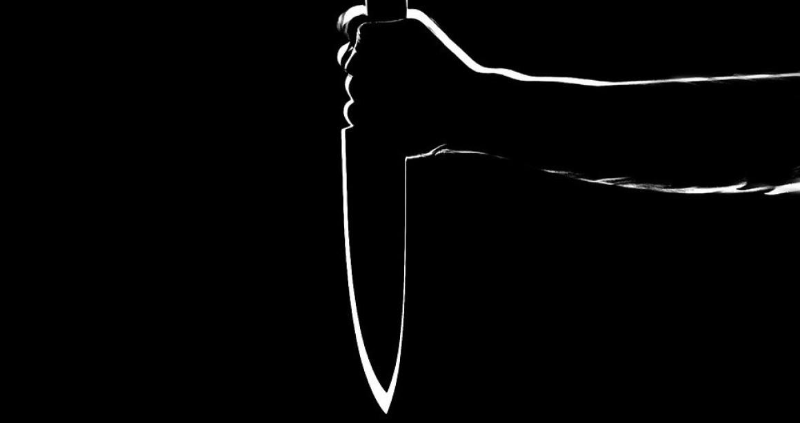 В Ульяновской области пенсионерка напала с ножом на собутыльника
