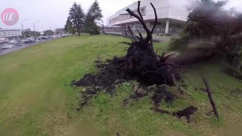 Новости Ульяновска: Последствия урагана в Ульяновске 30.05.18.Видео Виктора Щербакова официальные но