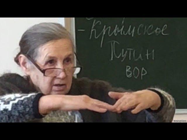 Из-за чего учительница из Красноярского края запугала школьников расстрелами? Фрагмент Ньюзтока RTVI