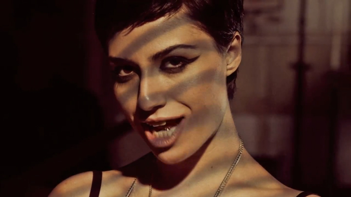 Музыкальный клип Gabriella Cilmi - The Sting