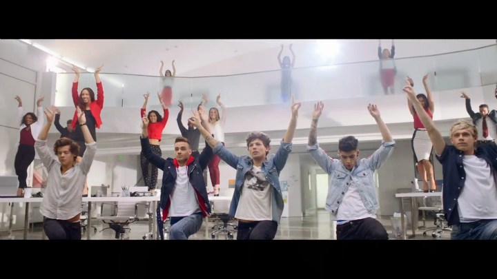 Музыкальный клип One Direction - Best Song Ever
