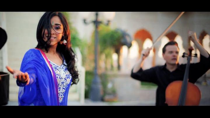 Музыкальный клип ThePianoGuys - Don't You Worry Child (Khushnuma) ft. Shweta Subram (Swedish House M