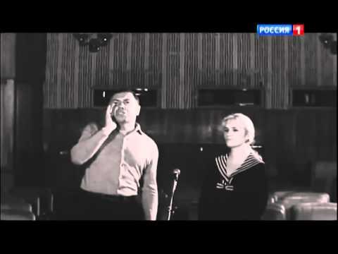 Смотреть мультфильм Анатолий Папанов и Клара Румянова озвучка Ну, Погоди!  HD